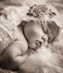 Vastasyntyneen kuvaus (newborn -kuvaus)