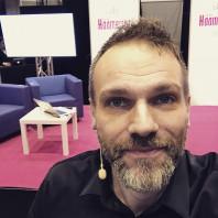 Video: Samin vinkit ja uudet tuulet hääkuvauksessa – Tampereen Häämessut